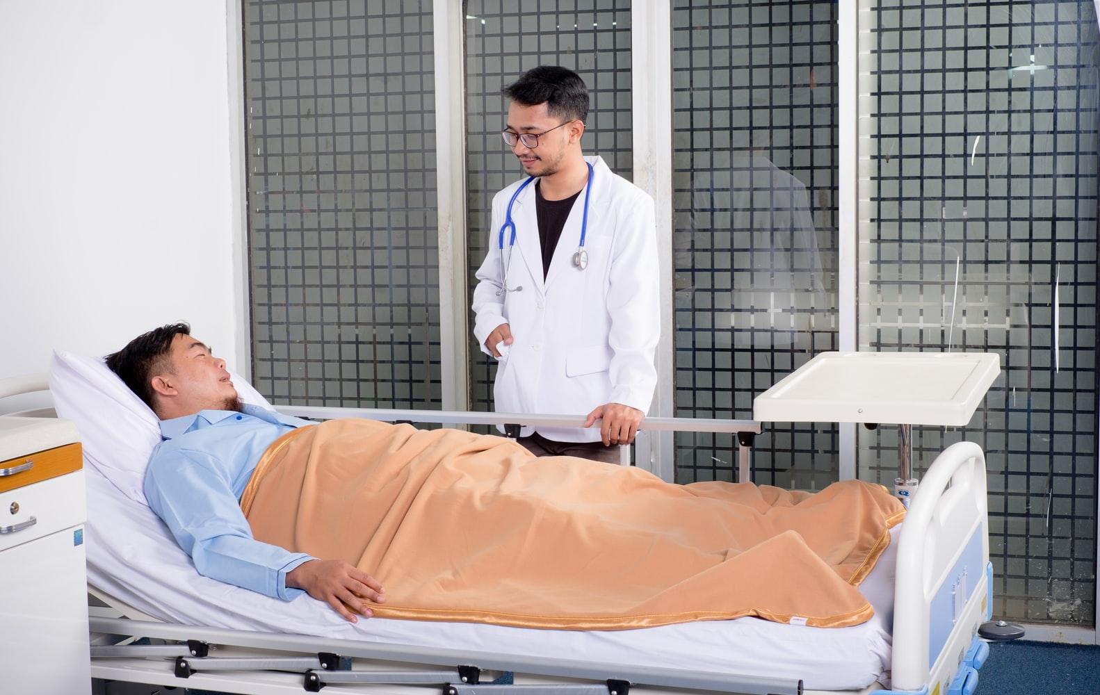 Ook stagiairs in ziekenhuizen kunnen nu misbruik melden, 290 meldingen binnengekomen